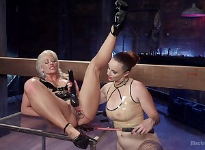 Shocking BDSM together with electro bill be worthwhile for Holly Main ingredient together with Bella Rossi